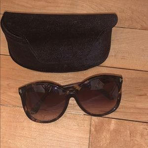 Tortoise Tom Ford sunglasses